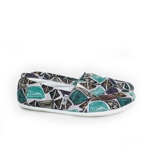 Toms Classic Canvas White Abstract Slip On Flats